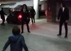El hijo de Carlos Vives juega con Cavani y David Luiz