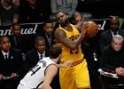 Los Nets sorprenden a los Cavs y LeBron termina desquiciado