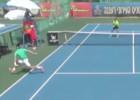Ni Federer haría esto: globo de 'willy' para arrasar en Twitter