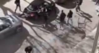 Brutal pelea entre hinchas del Palermo y Lazio en plena calle