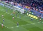 La 'cantada' de Valdés frente al Sporting: Barral no perdonó