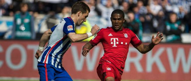 Así se las gasta Douglas Costa: uno de los peligros del Bayern