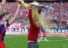 Aquel baño de espuma de Pep celebrando la Bundesliga