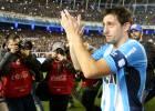 Hasta siempre 'Príncipe' Milito: un adiós con lágrimas y gol