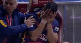 Los sollozos de un Luis Suárez desconsolado en el banquillo