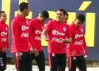 La alegría de Alexis en su entrenamiento con la Roja