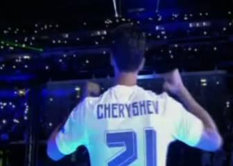 El último gesto de Arbeloa: ¡Se puso la camiseta de Cheryshev!