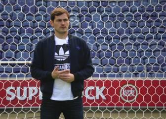 Conozcan el 11 histórico de la Selección de Iker Casillas