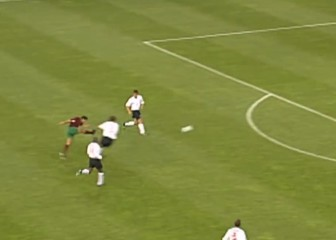 La maravilla de Figo en la Euro antes de fichar por el Madrid