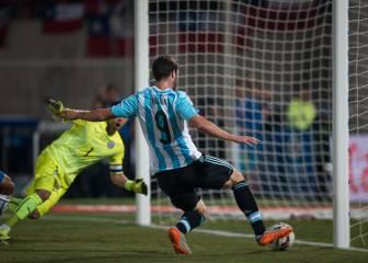 El increíble gol perdido por 'Pipita' Higuaín en la final 2015