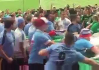 Celebra el gol de Uruguay y provoca una brutal pelea
