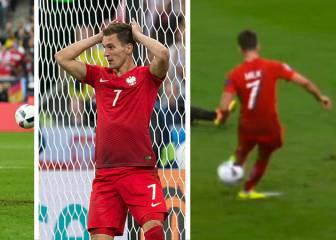 Milik tuvo el fallo de la Eurocopa... ¡en 2 ocasiones!