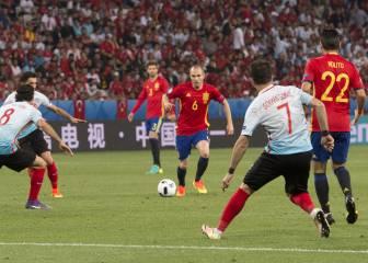 Iniesta es único en el mundo: una genialidad que vale un gol