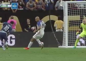 Asistencias como esta al 'Pipa' hacen igual de feliz a Messi
