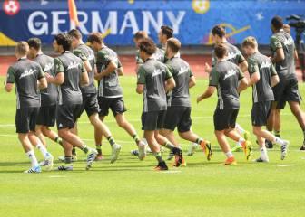 Alemania prepara sus semifinal con la baja de Khedira