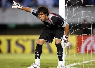 Este fue el partido con que Bravo debutó en la Roja el 2004