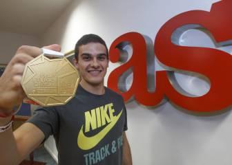 Bruno Hortelano visitó la redacción del Diario AS