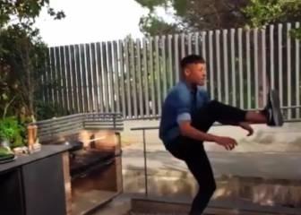 De auténtico crack: Neymar se fríe un huevo con los pies
