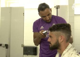 ¡Vaya corte improvisado del peluquero Keylor a Isco!