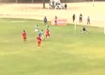 Imitan en Perú el penalti de Messi y Suárez: ¿Cómo salió?