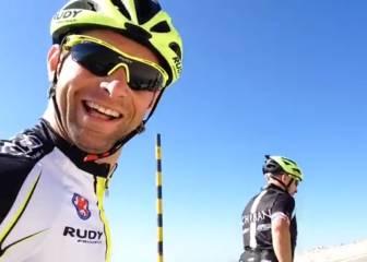 Jenson Button imita a Froome subiendo el Mont Ventoux