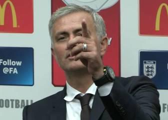 Mourinho cazó a un periodista dormido en la rueda de prensa