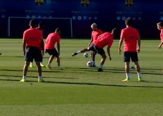 La 'delicatessen' de Messi en un rondo: calidad infinita