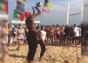 Vas a la playa y ves al Team Usa echando un volley