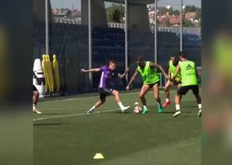 ¡Magnífico Ramos! Recorte, ruleta y zurdazo de gol