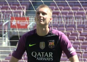 Cillessen alucina en el Camp Nou: ¡como un auténtico niño!