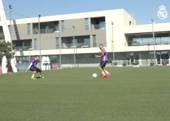 Benzema ya golea y Zidane le jalea a gritos en el entreno