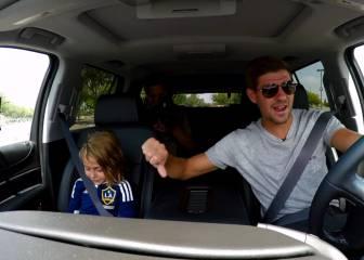 Gerrard, a una niña: