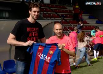 Pau Gasol acudió al entrenamiento del Barcelona
