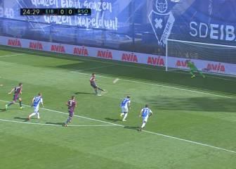 ¿Penalti o ensayo? ¡Pedro León tiró el balón fuera del estadio!