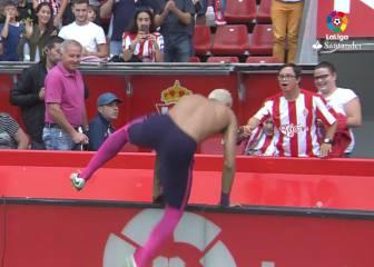 Detallazo de Neymar: cruzó el campo por ellos y se emocionaron