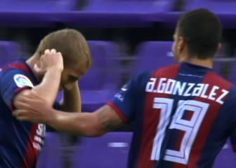 El Huesca remonta y logra su primera victoria a domicilio