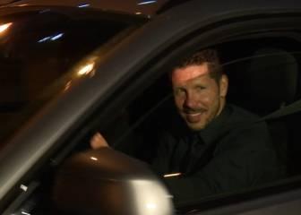 Simeone entregado a la afición: así salió del Calderón
