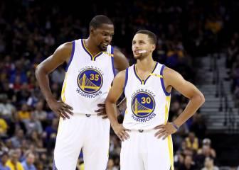 Los Warriors de Durant y Curry arrasan a los Clippers