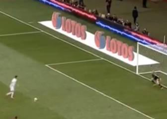 La polémica de Lewandowski: 'paradinha' legal en el penalti