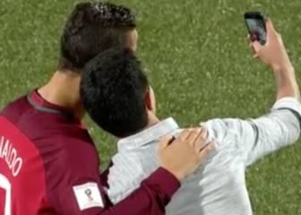 Cristiano Ronaldo's on-pitch selfie with loving fan