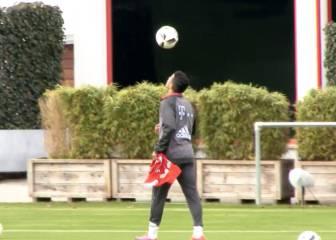 Thiago 'malabarista' Alcántara: ¡vaya control del balón!