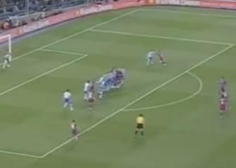 La definición de falta perfecta: Ronaldinho ante el Deportivo