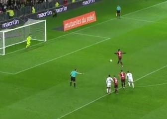 Balotelli falló un penalti: la 'paradinha' no funcionó