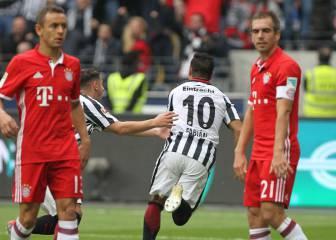 El Bayern no puede ante un Eintrach que se quedó con 10