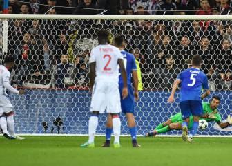 'Hat-trick' de Buffon, penalti incluido: ¿qué pócima tomas?