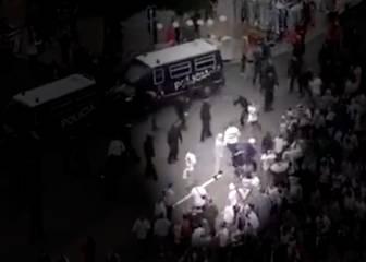 Los ultras polacos acusan a la policía de iniciar los disturbios