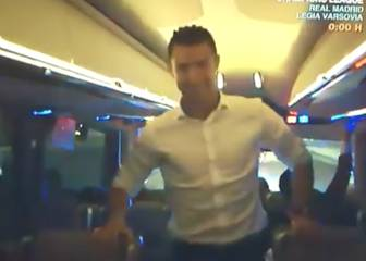 El baile de Cristiano en el bus para celebrar la Undécima