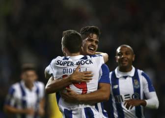 André Silva lidera la goleada del Oporto al Arouca