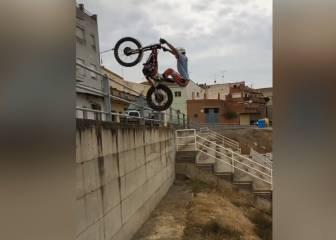 Tremendo Arnau Farré con la moto: trial en estado puro