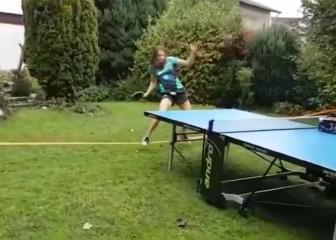 Funanbulismo en el ping-pong: ¡cómo están las cabezas!